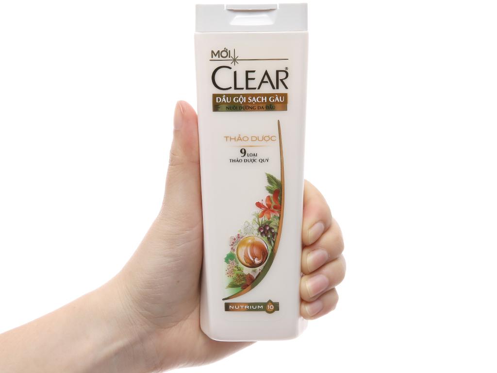 Dầu gội sạch gàu Clear thảo dược 180g 4