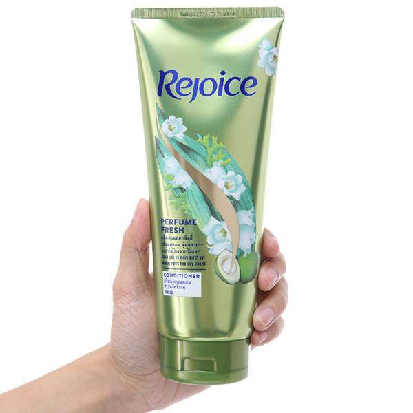 Dầu xả Rejoice mềm mượt hương nước hoa Lily 320ml