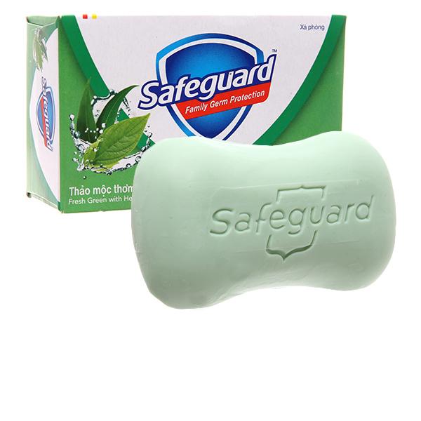Xà bông cục Safeguard diệt khuẩn thảo mộc thơm mát 135g