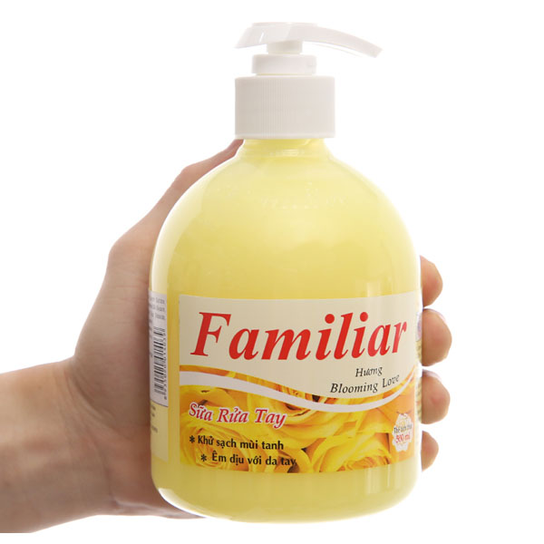 Sữa rửa tay Familiar Blooming Love hương dịu nhẹ chai 500ml