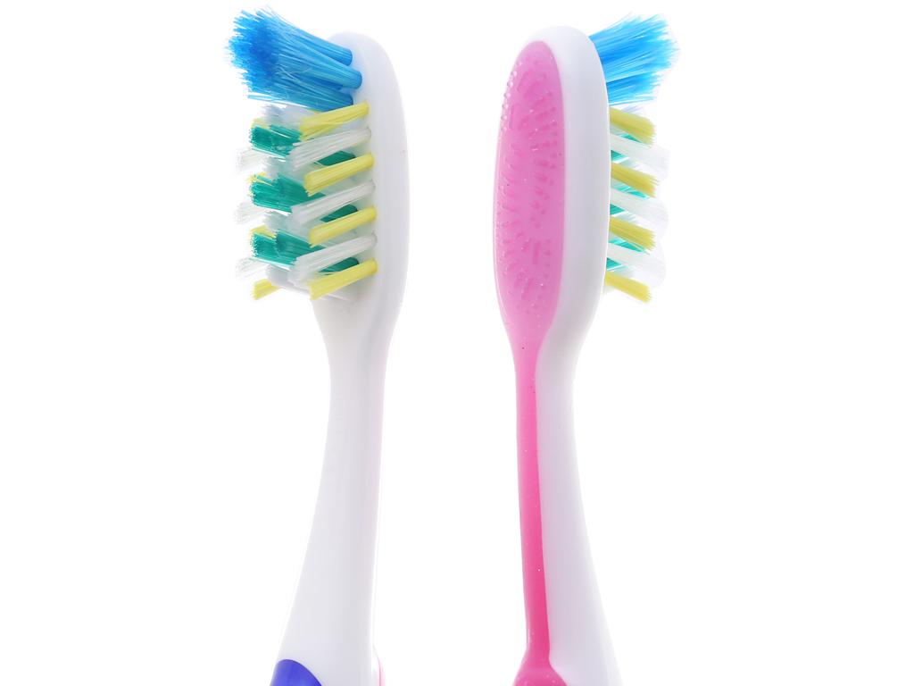 Bộ 3 bàn chải Oral-B Pro Health Total Mouth lông mềm 4
