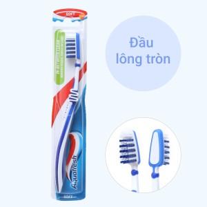 Bàn chải Aquafresh In-Between Clean đầu lông tròn