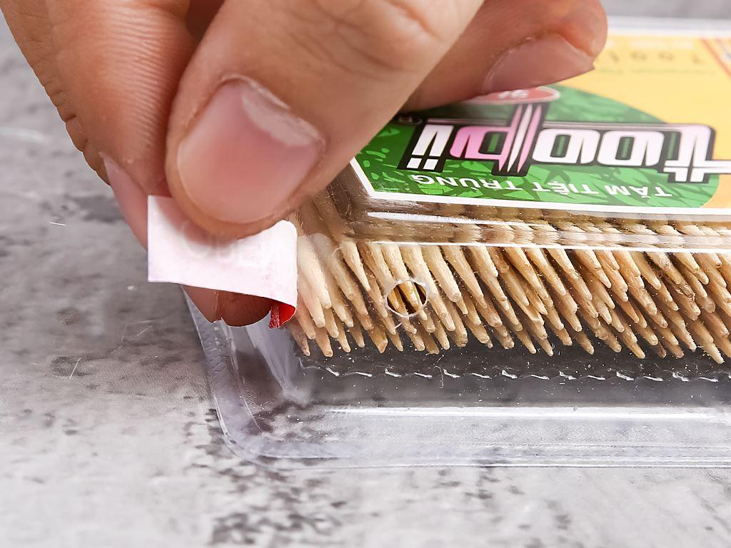 Tăm tiệt trùng Toopi hương quế nhãn vàng 350 cây 2