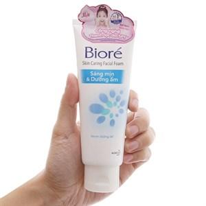 Sữa rửa mặt Bioré sáng mịn dưỡng ẩm 100g