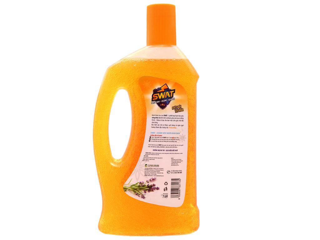 Nước lau sàn Swat hương thảo mộc chai 1 lít 2