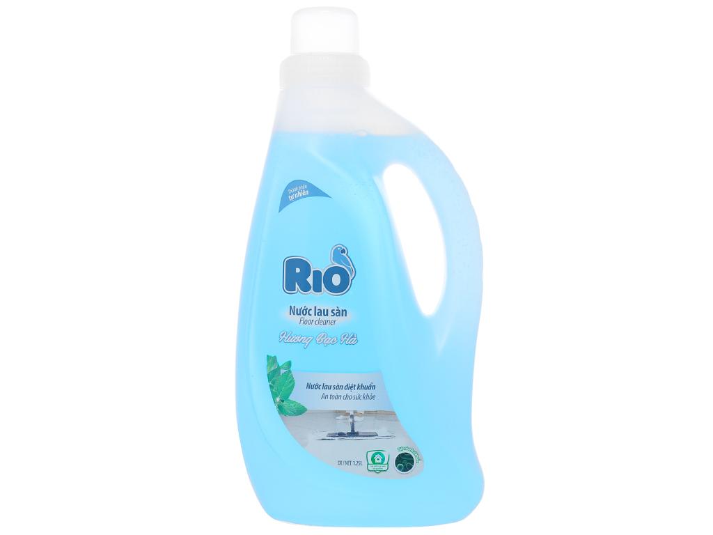 Nước lau sàn Rio hương bạc hà chai 1.25 lít 1