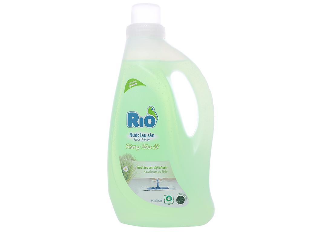 Nước lau sàn Rio hương hoa cỏ chai 1.25 lít 1