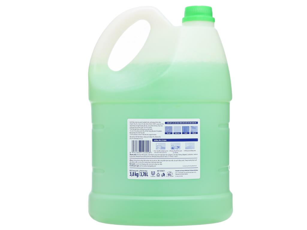 Nước lau sàn nhà Sunlight hương hoa diên vỹ can 3.8kg 2