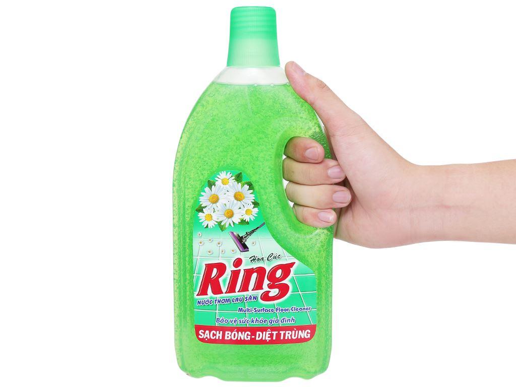 Nước lau sàn Ring hương hoa cúc chai 1kg 5