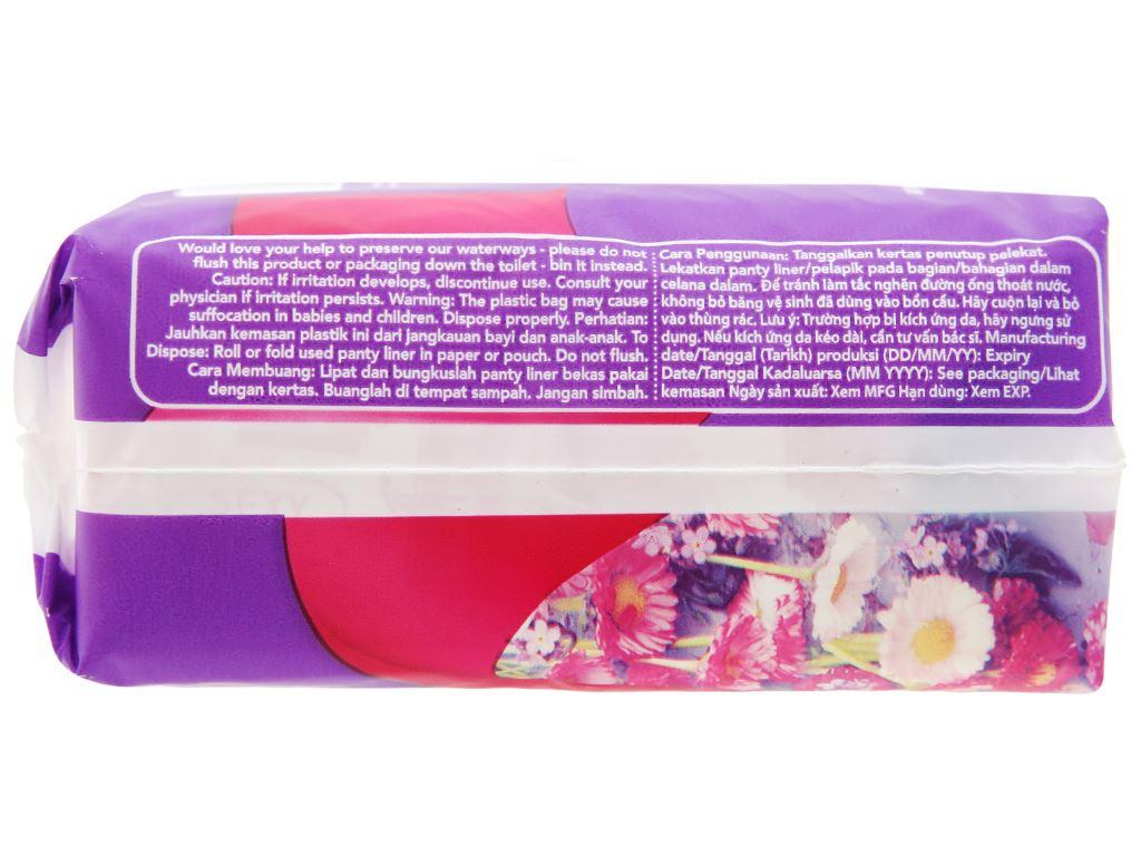 Băng vệ sinh hàng ngày Carefree siêu thấm 40 miếng 8