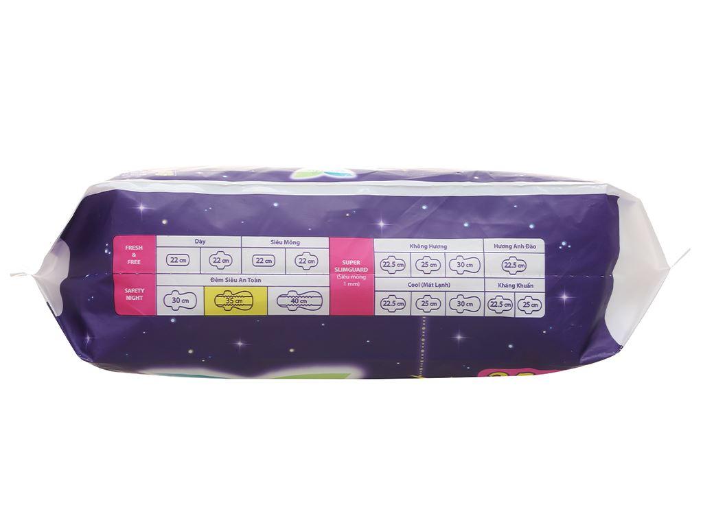 Băng vệ sinh ban đêm Laurier Safety Night siêu an toàn 4 miếng 35cm 4