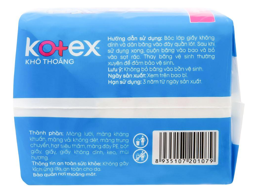 Băng vệ sinh Kotex khô thoáng siêu mỏng cánh 16 miếng 8