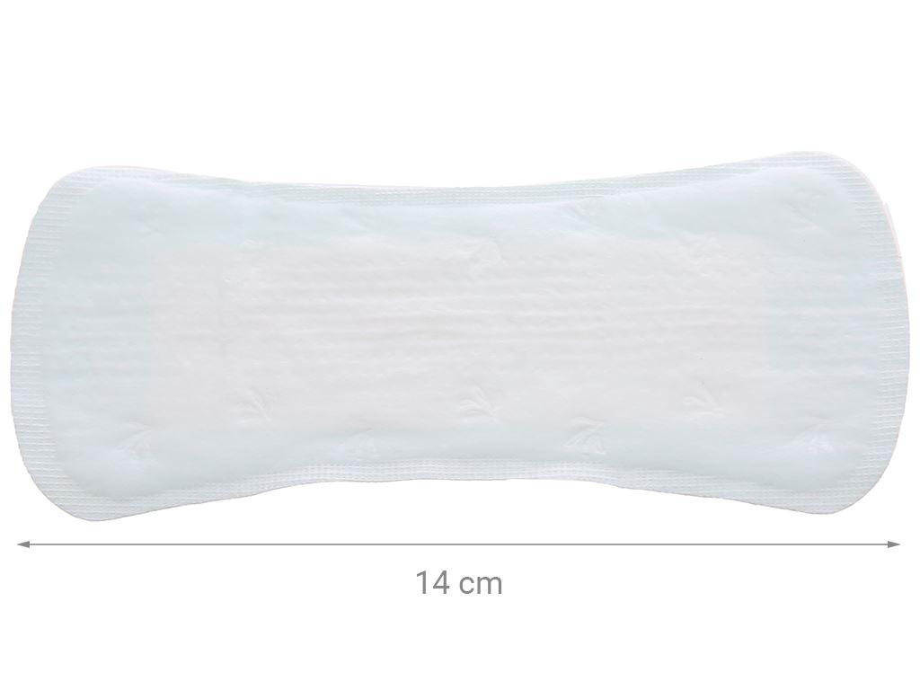 Băng vệ sinh hàng ngày Laurier Active Fit mềm mịn khô thoáng hương thơm 40 miếng 3