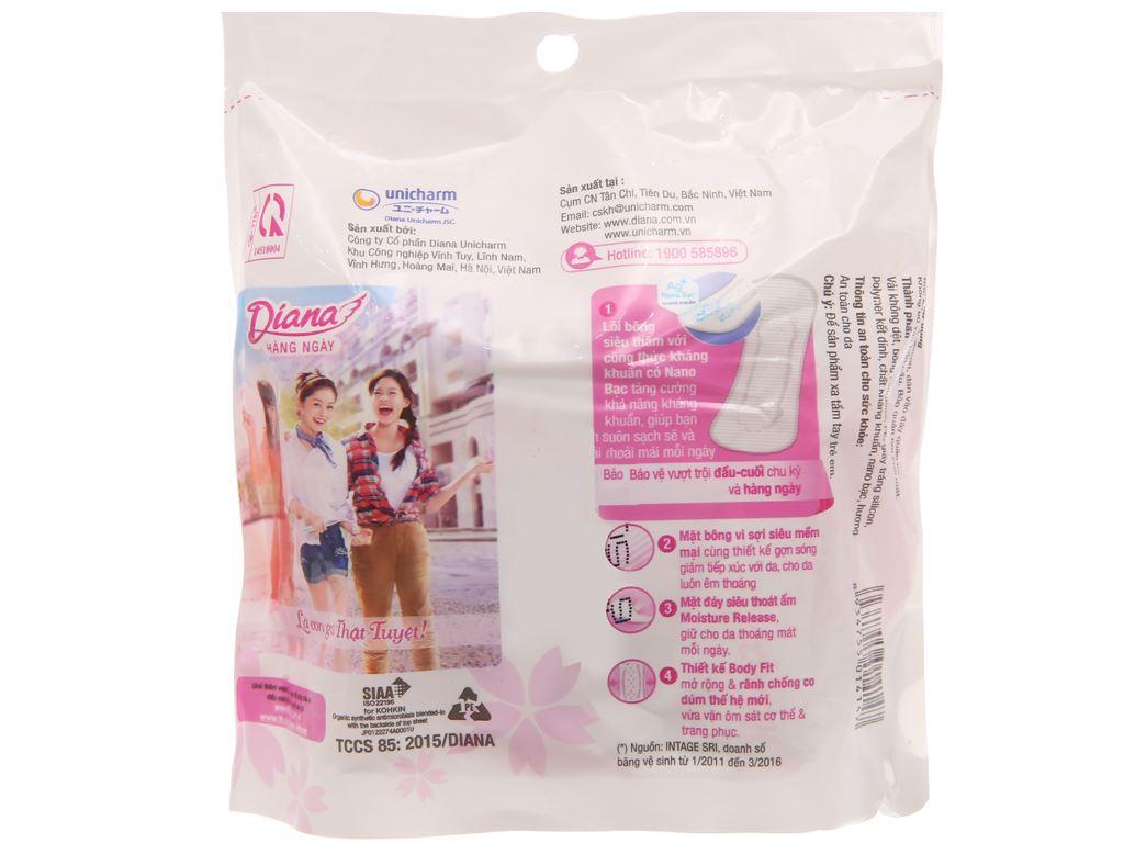 Băng vệ sinh hàng ngày Diana kháng khuẩn 8 miếng 2