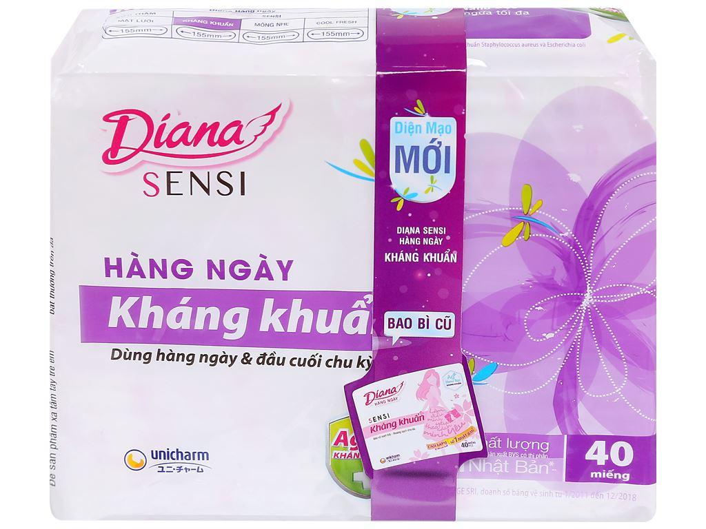 Băng vệ sinh hàng ngày Diana kháng khuẩn 40 miếng 2