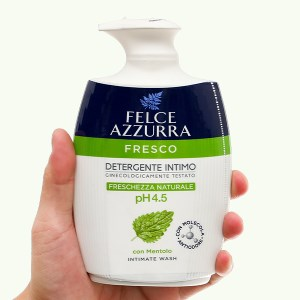 Dung dịch vệ sinh phụ nữ Felce Azzurra nước hoa ngày dài tươi mát 250ml