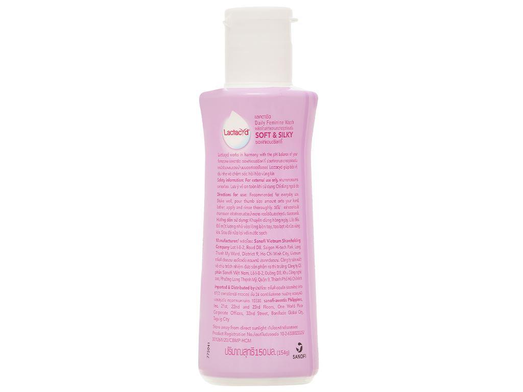 Dung dịch vệ sinh Lactacyd Soft & Silky dưỡng ẩm 150ml 5