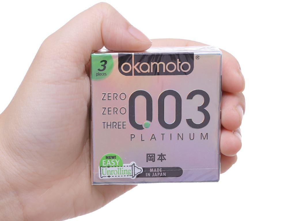 Hộp 3 cái bao cao su Okamoto 0.03 Platinum 52mm 4