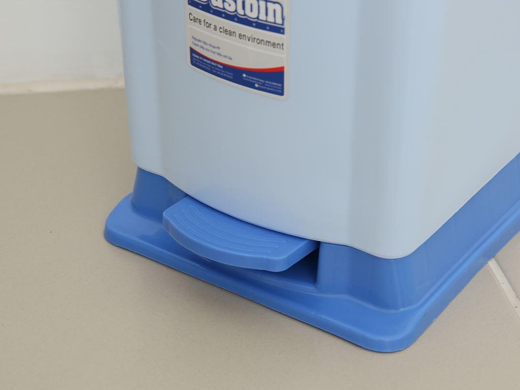 Thùng rác đạp nhựa nhỏ Duy Tân TR02 sữa 4