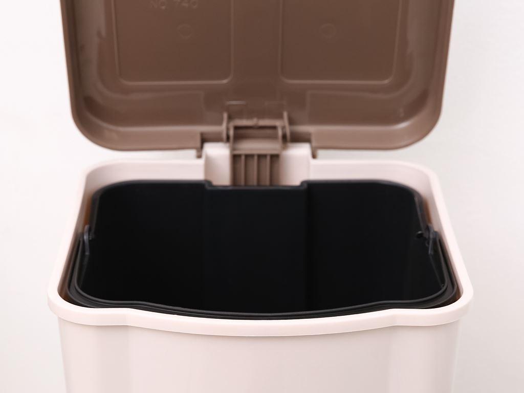 Thùng rác đạp nhựa trung Duy Tân TR03 (giao màu ngẫu nhiên) 10