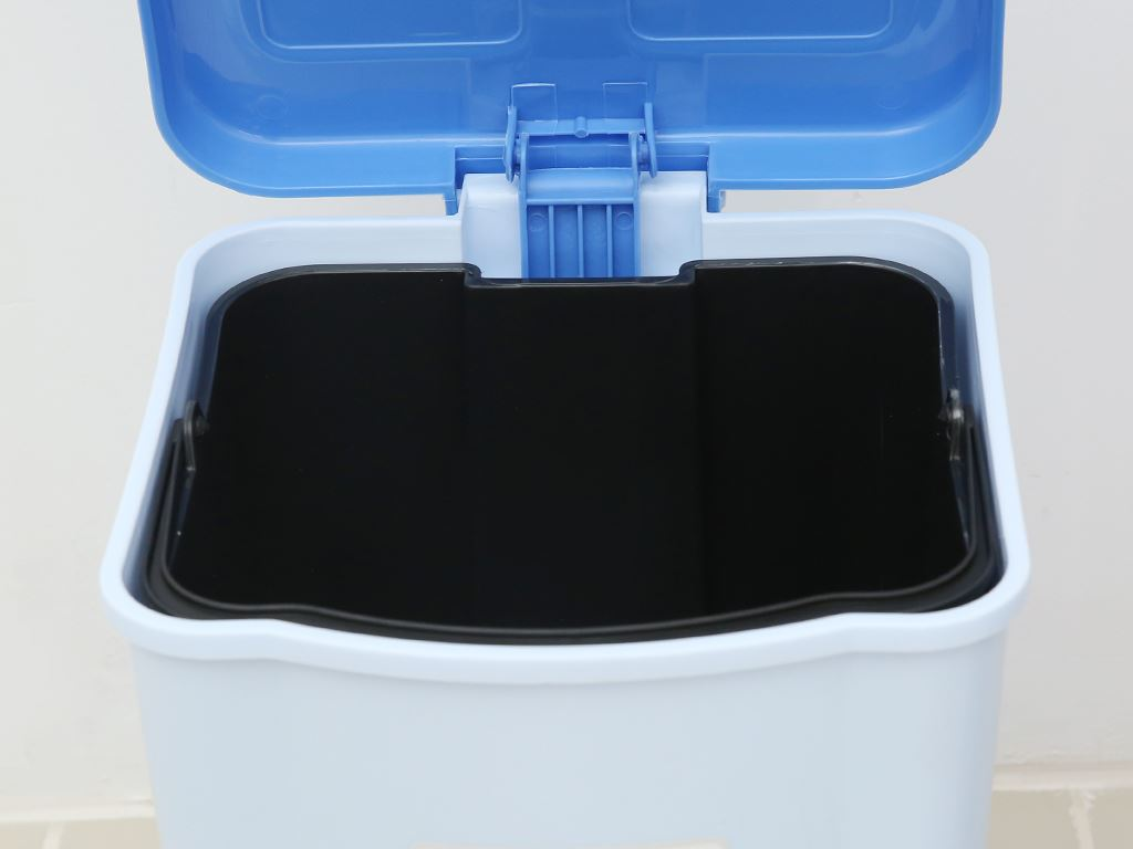 Thùng rác đạp nhựa trung Duy Tân TR03 (giao màu ngẫu nhiên) 2