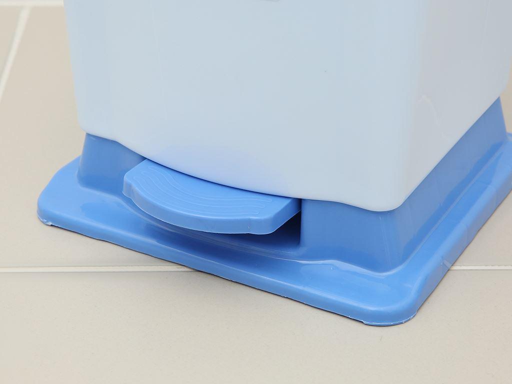 Thùng rác đạp nhựa trung Duy Tân TR03 (giao màu ngẫu nhiên) 4