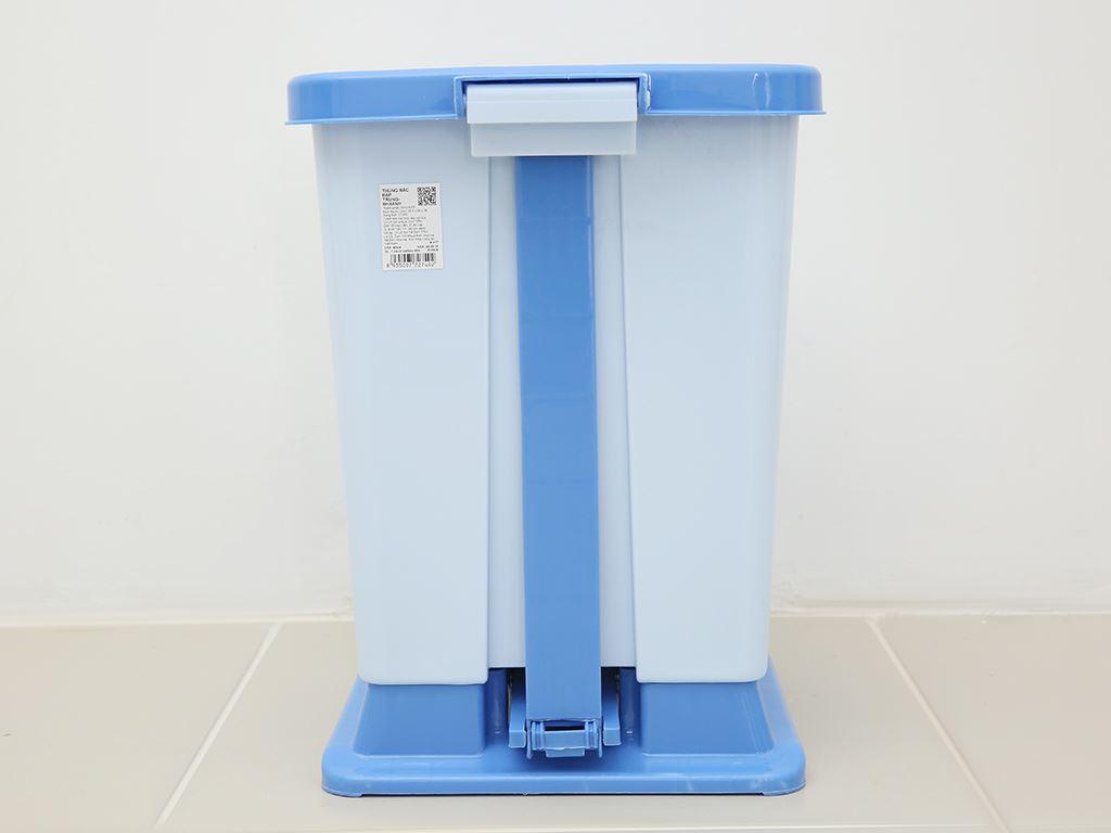 Thùng rác đạp nhựa trung Duy Tân TR03 (giao màu ngẫu nhiên) 5