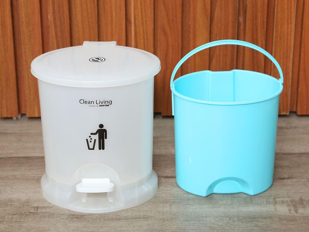 Thùng rác đạp nhựa nhỏ Duy Tân 21.5x19.5cm (giao màu ngẫu nhiên) 5