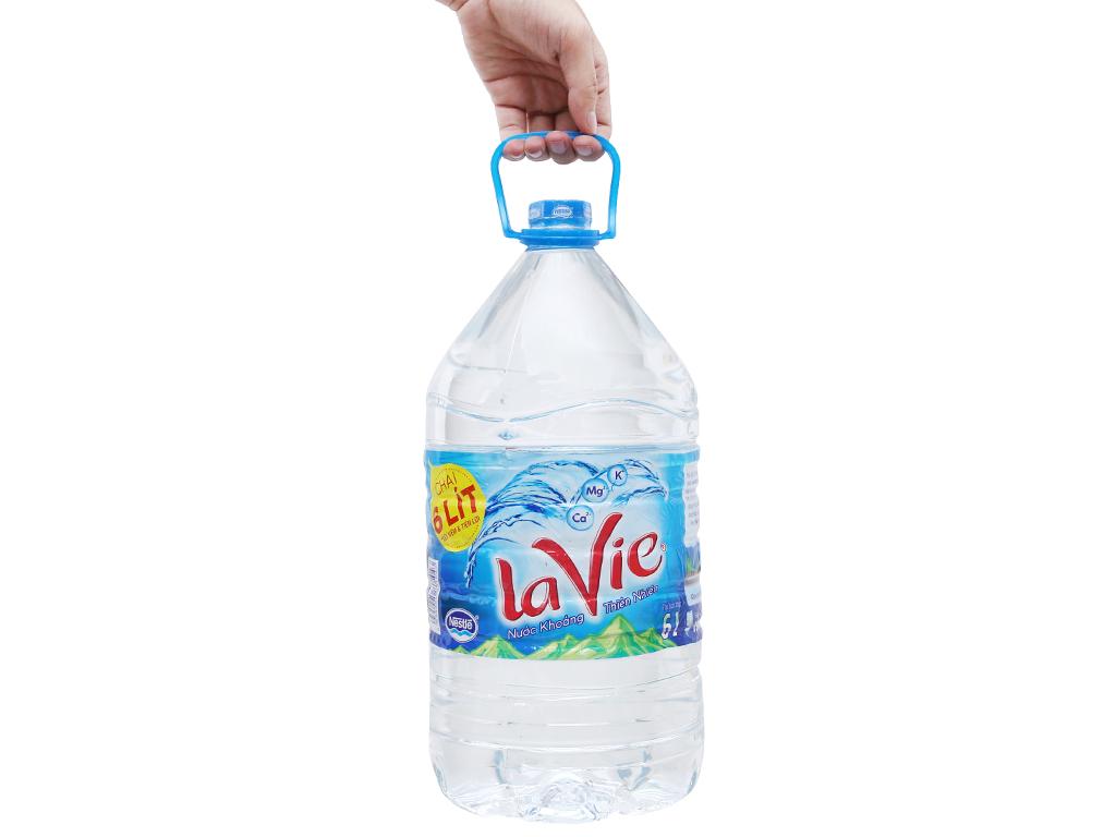 Thùng 4 chai nước khoáng La Vie 6 lít 4