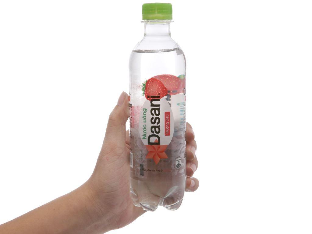 Thùng 24 chai nước tinh khiết Dasani hương dâu 390ml 4