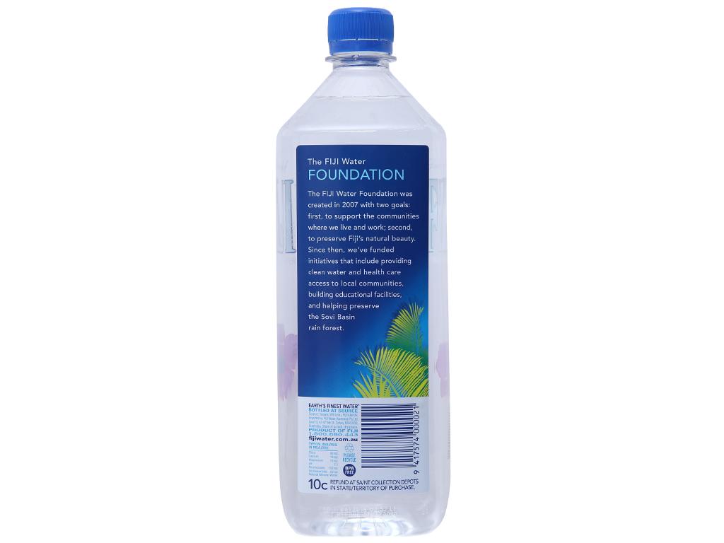 6 chai nước khoáng Fiji 1 lít 3