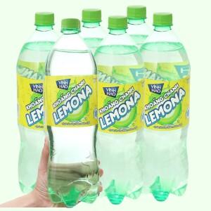 6 chai nước khoáng có ga Vĩnh Hảo Lemona vị chanh 1.5 lít