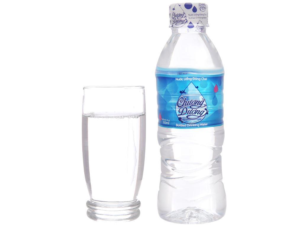 Thùng 24 chai nước uống Chương Dương 350ml 5