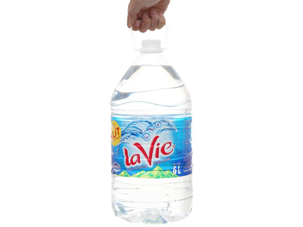 2 bình nước khoáng La Vie 6 lít 5