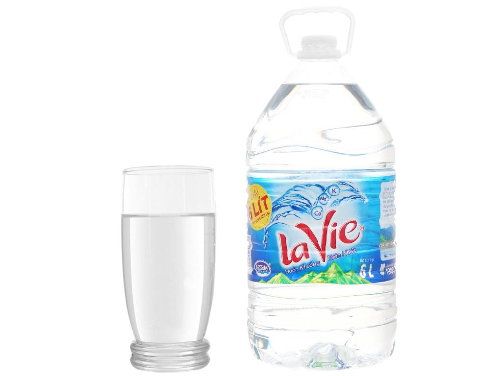 2 bình nước khoáng La Vie 6 lít 6