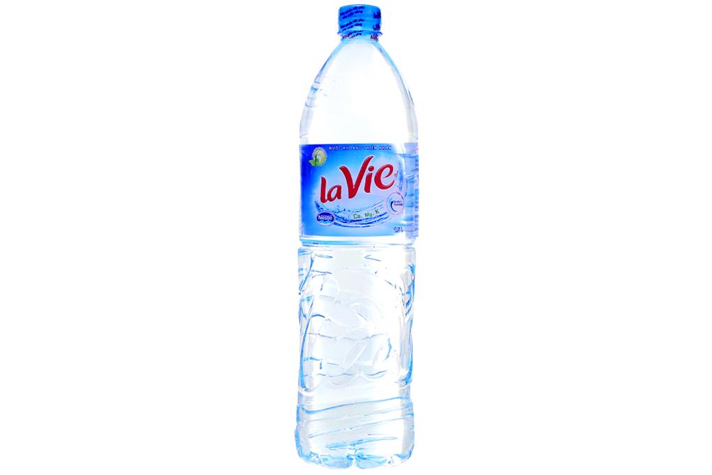 Thùng 12 chai nước khoáng La Vie 1.5 lít 2