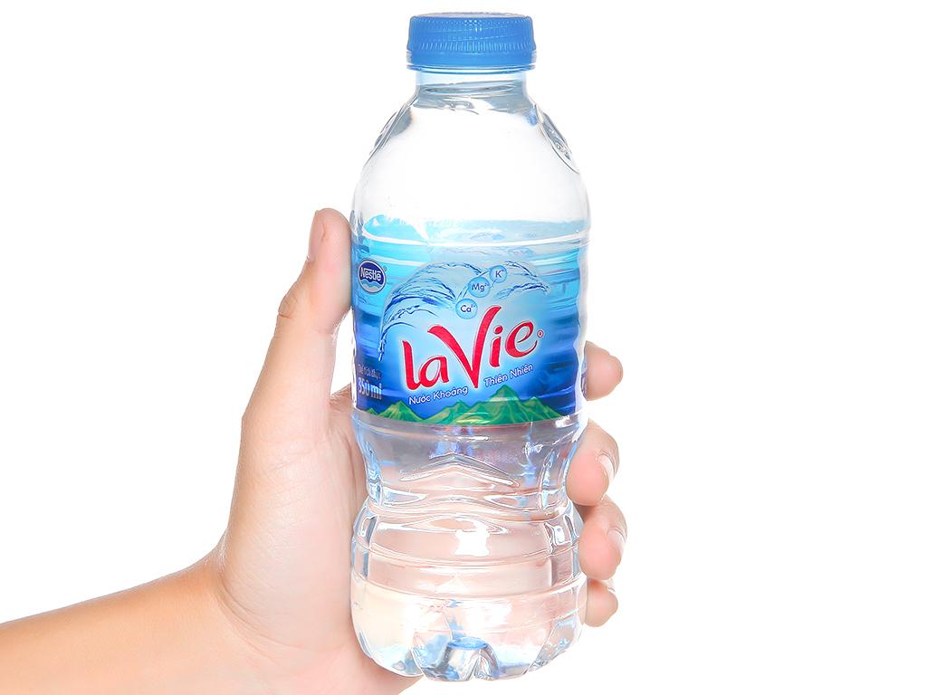 Thùng 24 chai nước khoáng La Vie 350ml 5