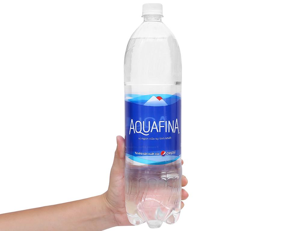 Thùng 12 chai nước tinh khiết Aquafina 1.5 lít 5