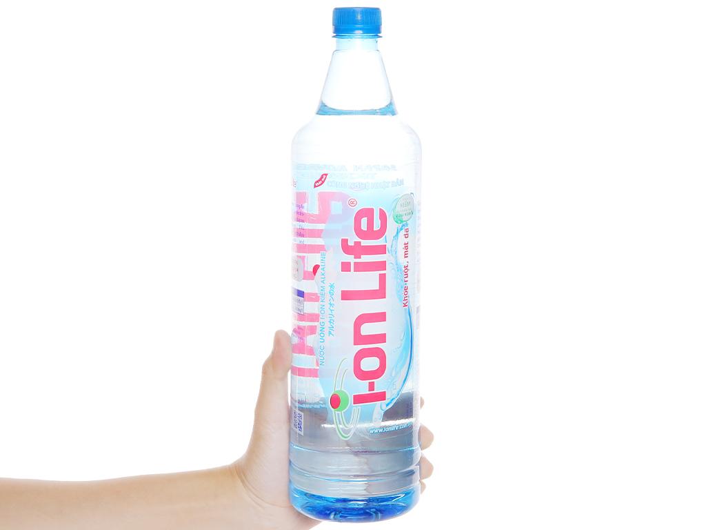 Thùng 12 chai nước uống i-on kiềm Akaline I-on Life 1.25 lít 5