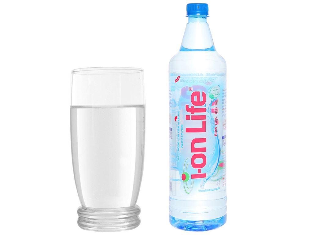 Thùng 12 chai nước uống i-on kiềm Akaline I-on Life 1.25 lít 6