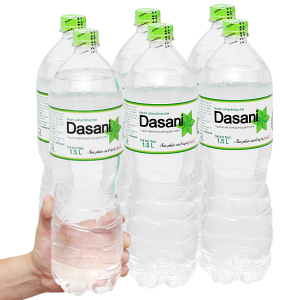 6 chai nước tinh khiết Dasani 1.5 lít