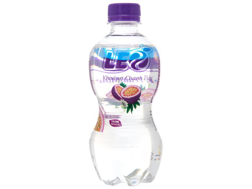 8 chai nước khoáng Leo vị chanh dây 350ml 2