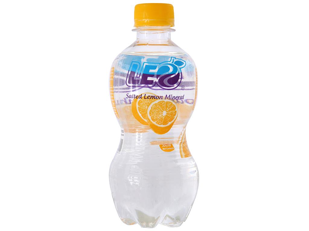 Thùng 24 chai nước khoáng có ga Leo vị chanh muối 350ml 2