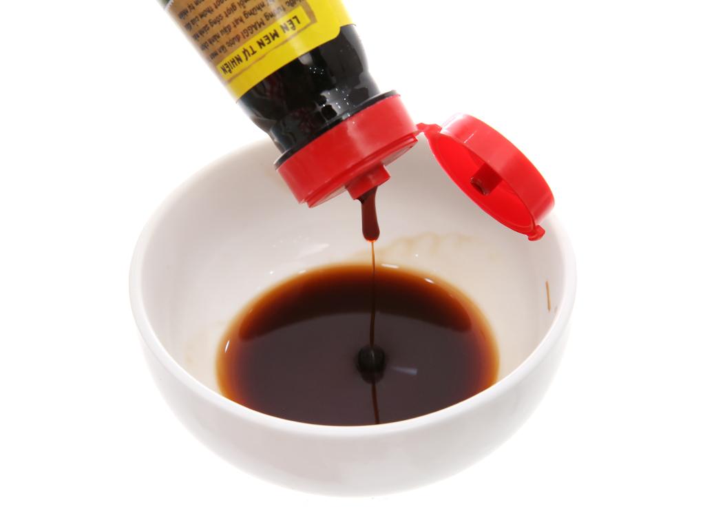 Nước tương đậu nành đậm đặc Maggi chai 300ml 4