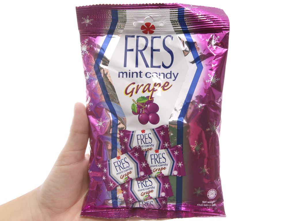 Kẹo bạc hà vị nho Fres gói 150g 4