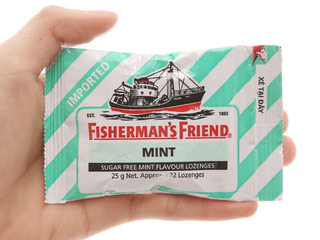 Kẹo cay con tàu Fisherman's Friend vị bạc hà 25g 4