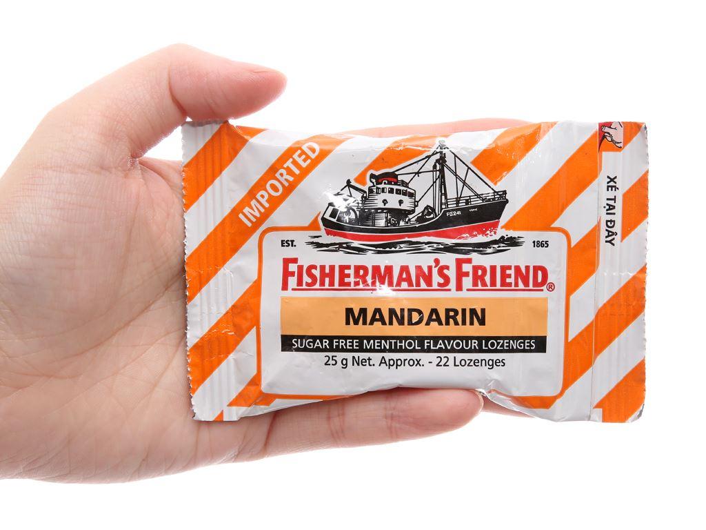 Kẹo cay con tàu không đường vị quýt và bạc hà Fisherman's Friend gói 25g 5