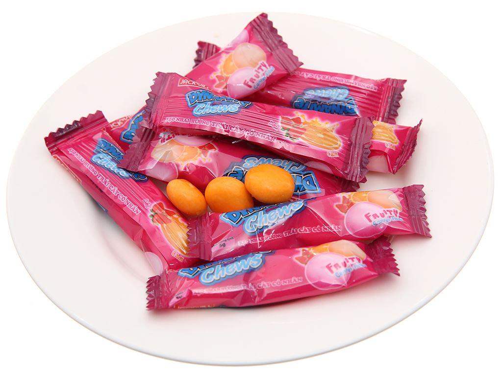 Kẹo nhai hương trái cây có nhân Dynamite gói 125g 4