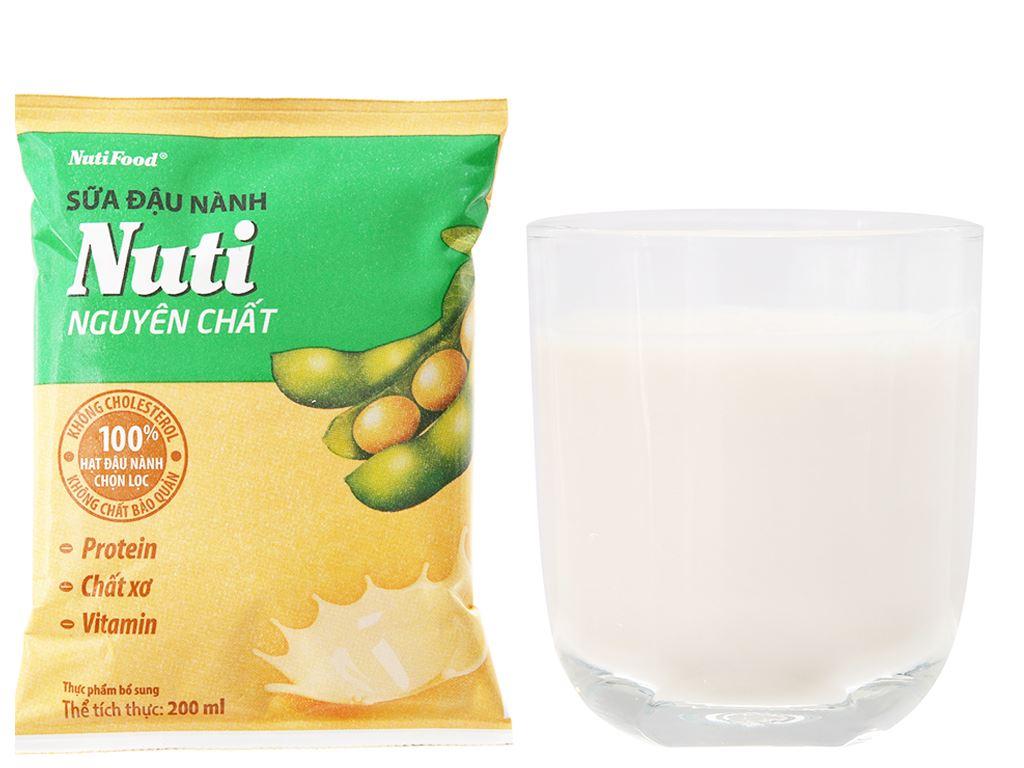Thùng 36 bịch Sữa đậu nành Nuti nguyên chất 200ml 3
