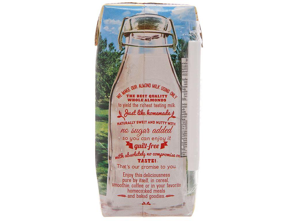 Sữa hạnh nhân 137 DEGREES nguyên chất 180ml 1